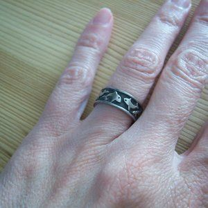 Sterling Silver Ring with Dolphin Design. Size 5.5